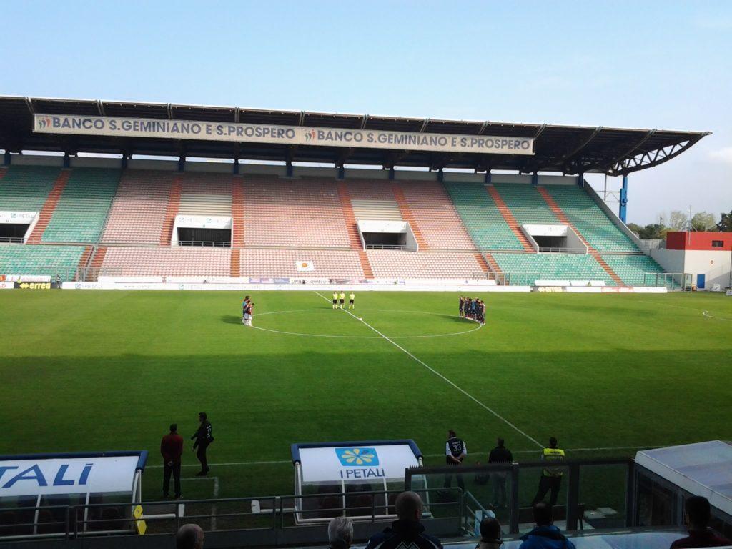 Skauci Bayeru byli obecni na meczu Sassuolo-Crotone