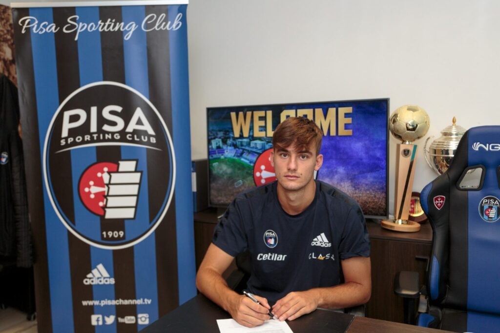 Lorenzo Lucca nowym zawodnikiem AC Pisa